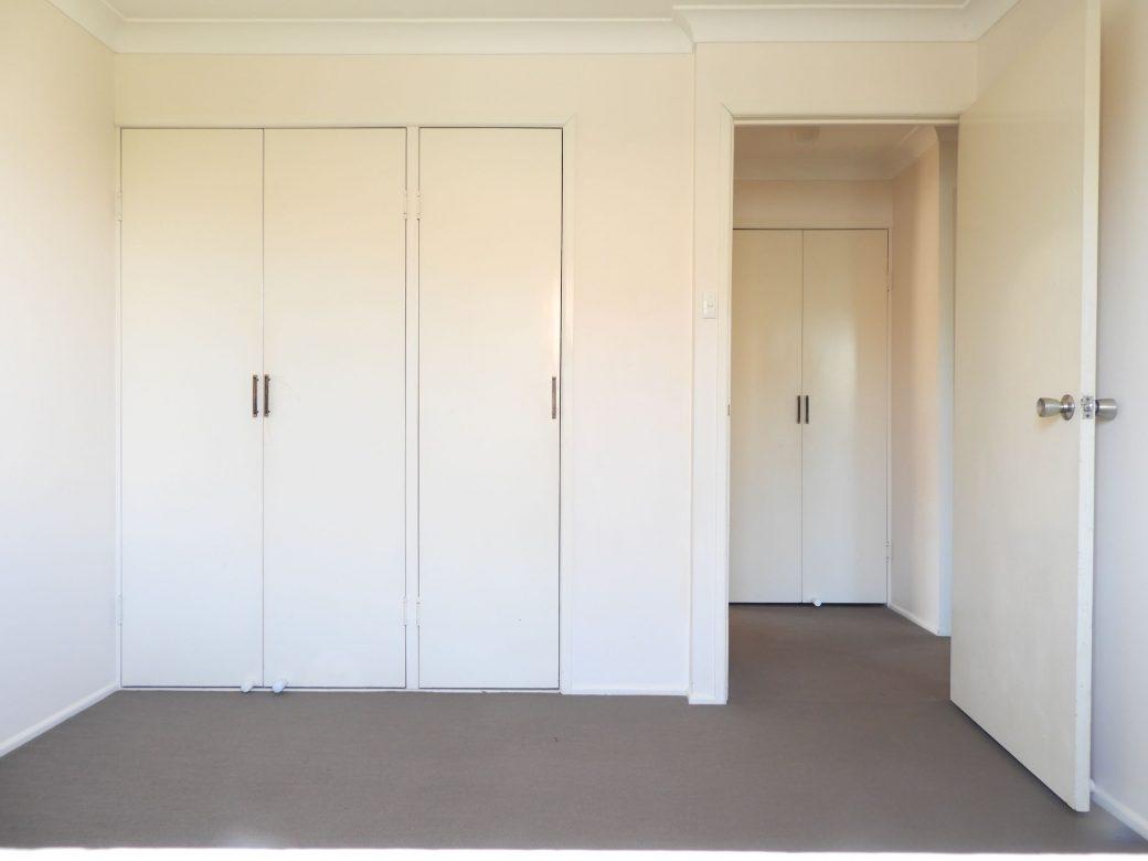 Bedroom 2 DSCN0494 Wardrobe